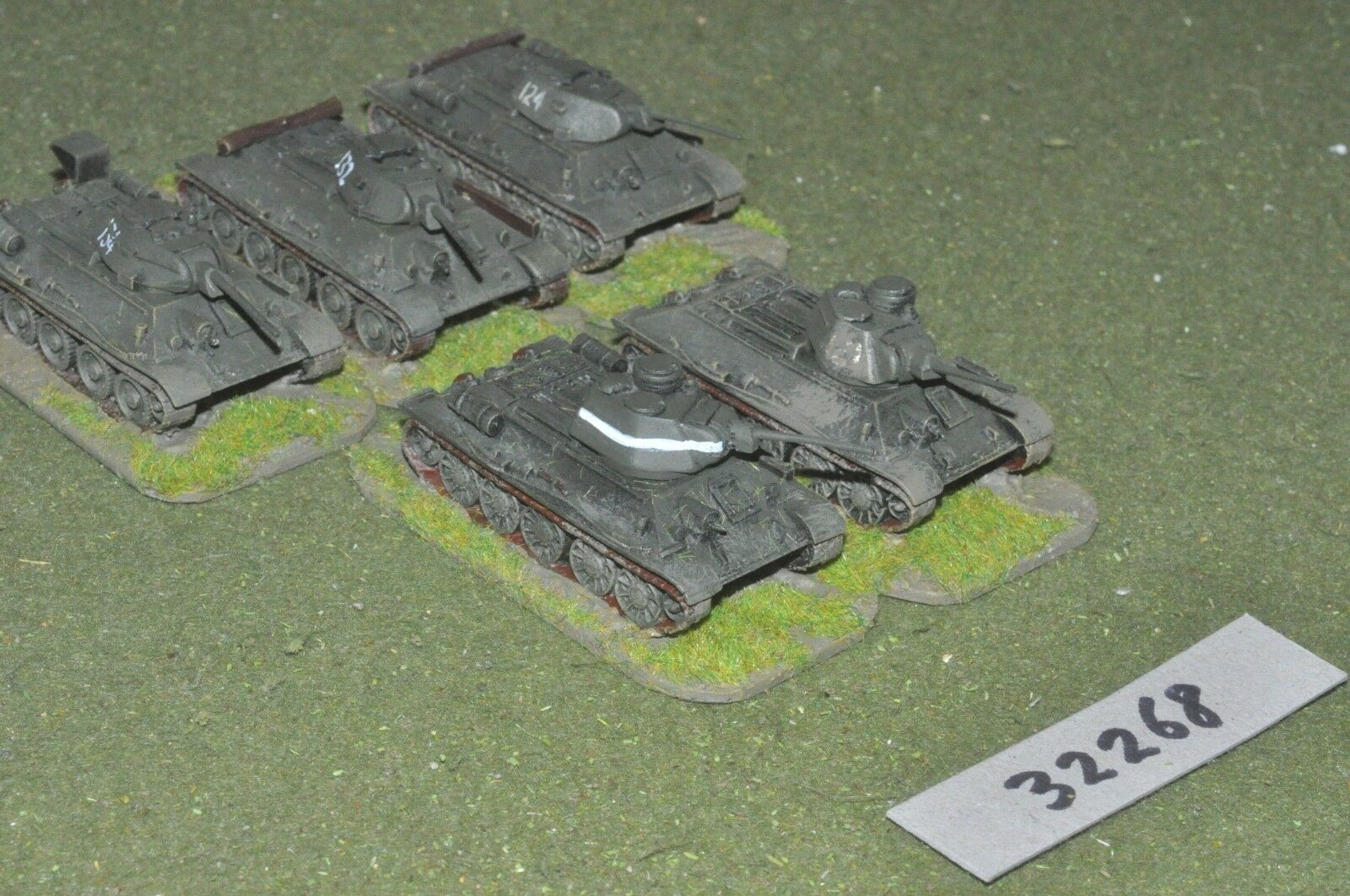 15mm WW2   russian - 5 tanks (as photo) - vehicles (32268)