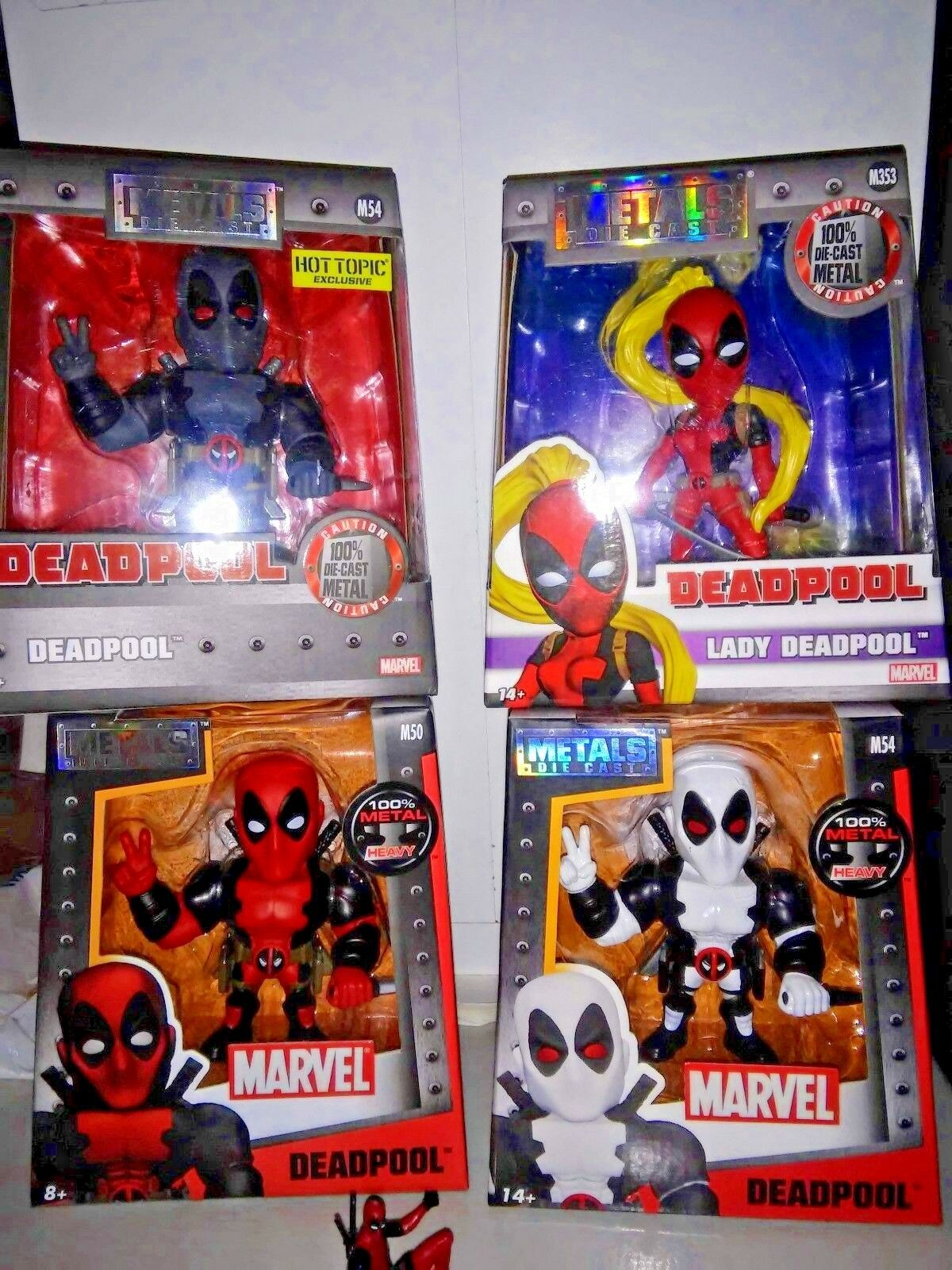 Deadpool-X-Force-LADY Deadpool-Metal Figure Set of 4