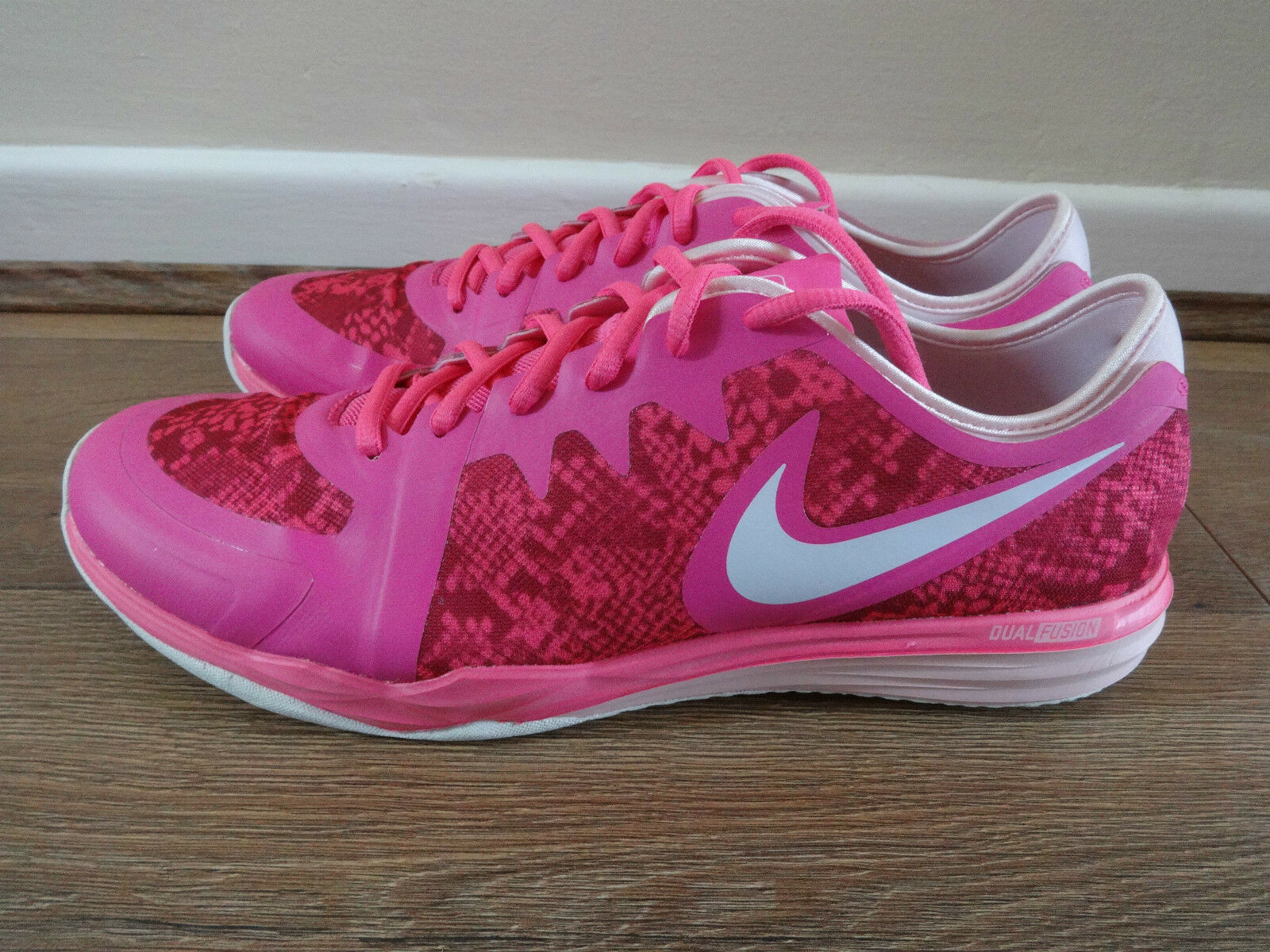 Nike Dual Fusion Fusion Fusion TR 3 Print   da ginnastica 704941 604 EU 42.5   10.5 Nuovo + Scatola 8a0dae