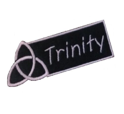 1 x Wiccan Triquetra Border Personalised Name Sew /'n/' Iron On Patch Motif
