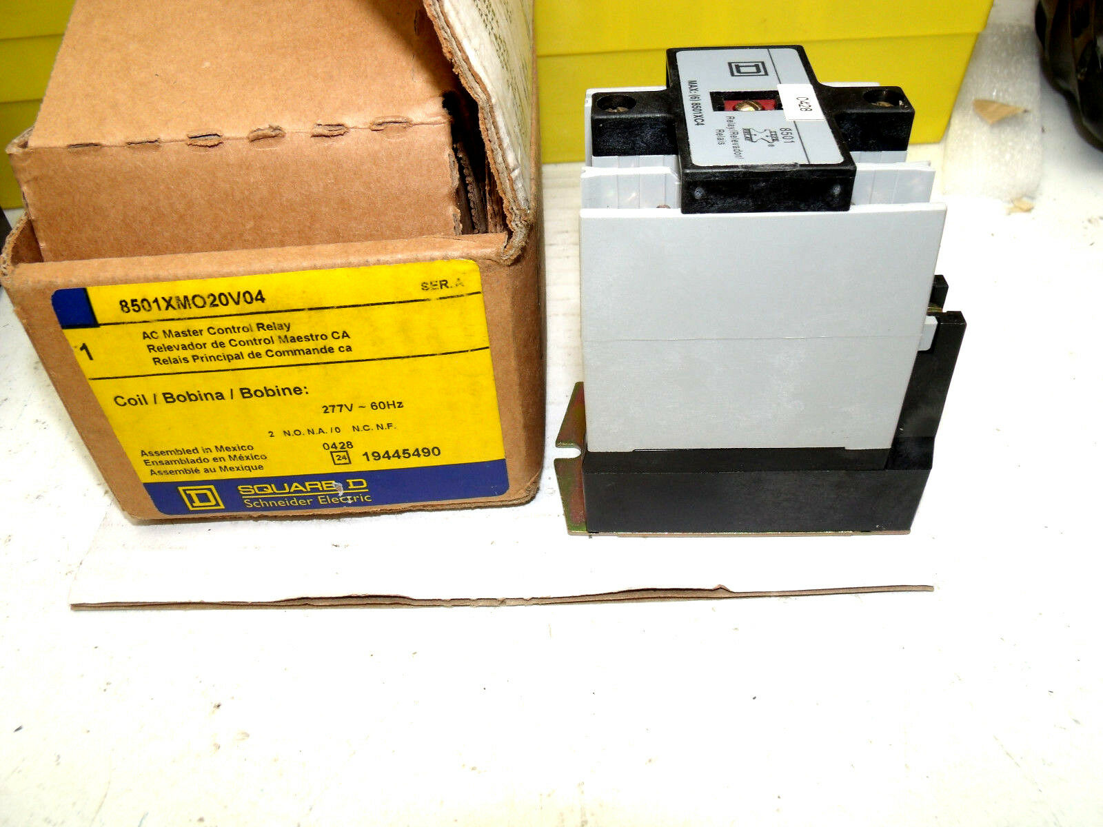 8501XMO20V04 Square-D AC Master Control Relay  New In Box  8501XMO 20V04