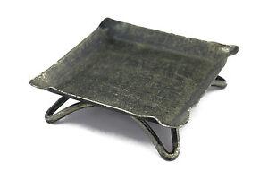 Metallstaender-flach-viereckig-110x110-mm