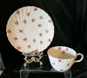 Vintage-Aynsley-Bone-China-Hathaway-Rose-Cup-and-Saucer-13698-Pink-Roses-E