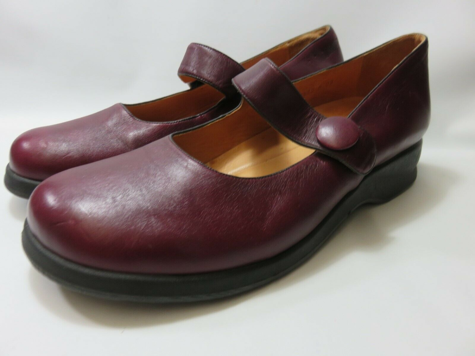 MURTOSA Leather Burgundy Mary Jane's Women's Size 42 Med EUC  MADE IN PORTUGAL