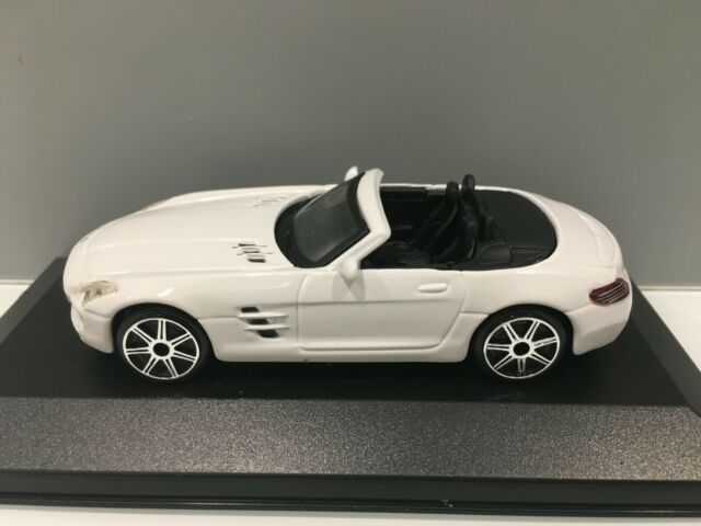 Mercedes-Benz SLS AMG Roadster  in schwarz  Norev  1:18  OVP  NEU