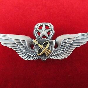 NASA-US-ARMY-ASTRONAUT-MASTER-PILOTS-WINGS-BADGE-MEDAL-FOR-SPACE-MISSIONS