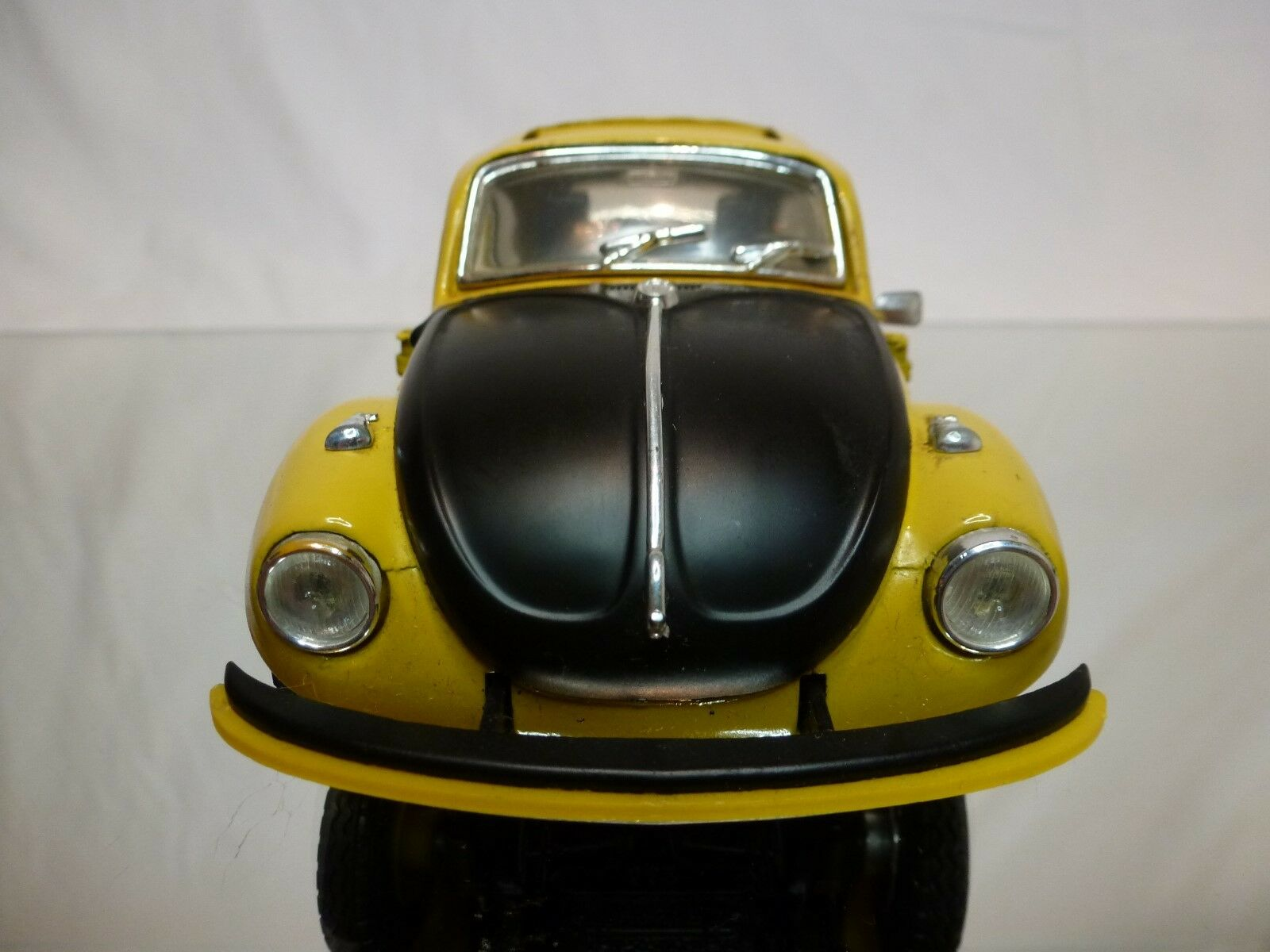 GAMA  1 24 - VOLKSWAGEN 1302 BEETLE RALLY  NO= 442 RARE VERSION - GOOD CONDITION