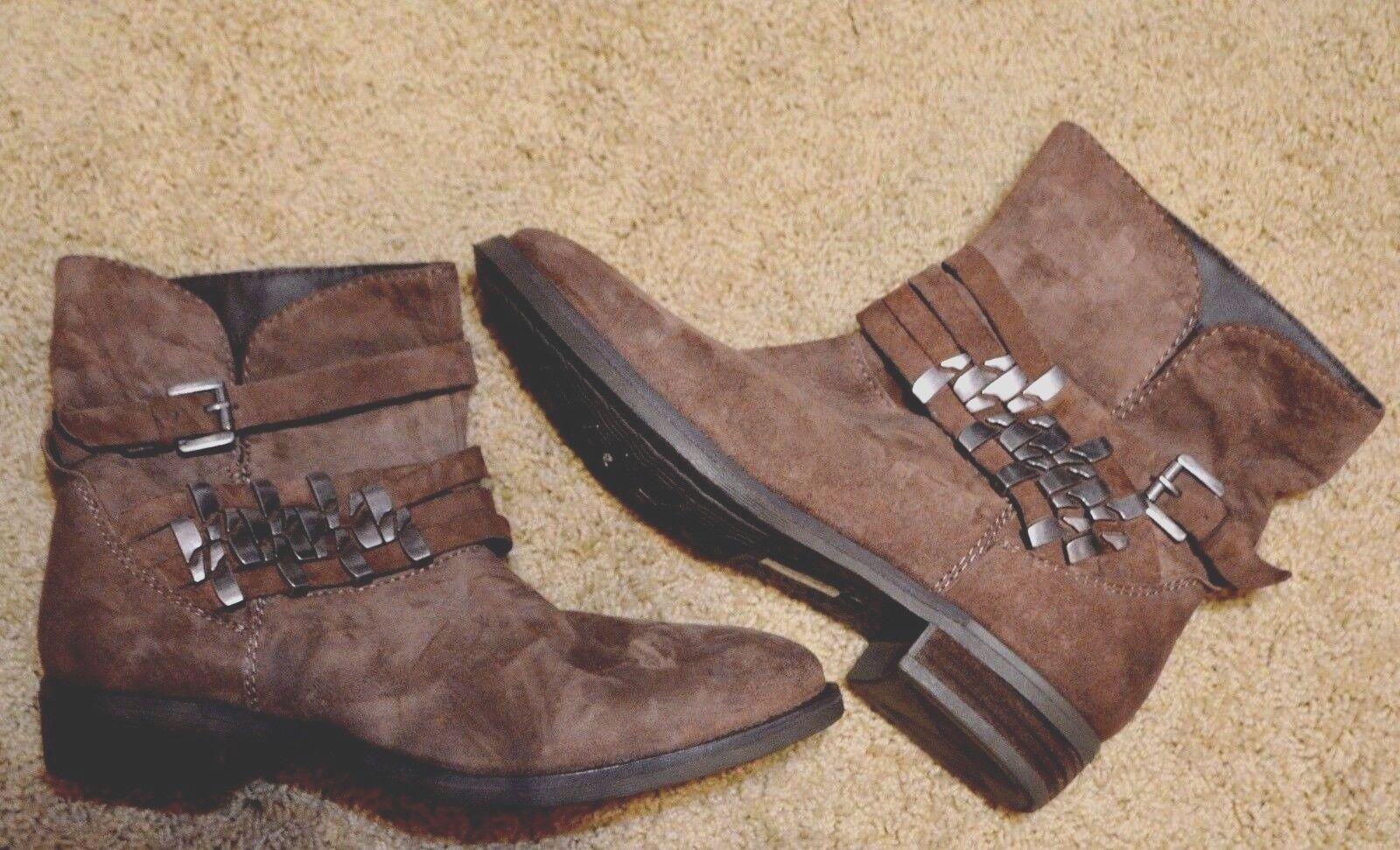 Steven Steve Madden Traker Distressed Light Brown Suede  Ankle Boots Sz.8