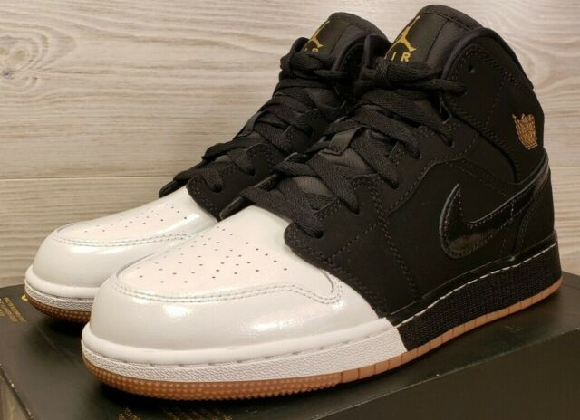 size 40 d4998 f6d71 Nike Air Jordan 1 Mid GG Black White Two Tone 555112-021 Youth 7 / Women's  8.5