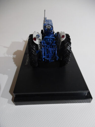 1964 1//32nd Scale Collector Model Universal Hobbies Tractor Ford 5000