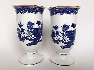 Vintage Pair Wren Blue Willow Gold Trim Floral Footed Vases Two England 6.5 Inch
