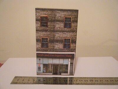 Scratch Built Card Model Railway Town Buildings 00 Gauge Grab & Go Express Shop