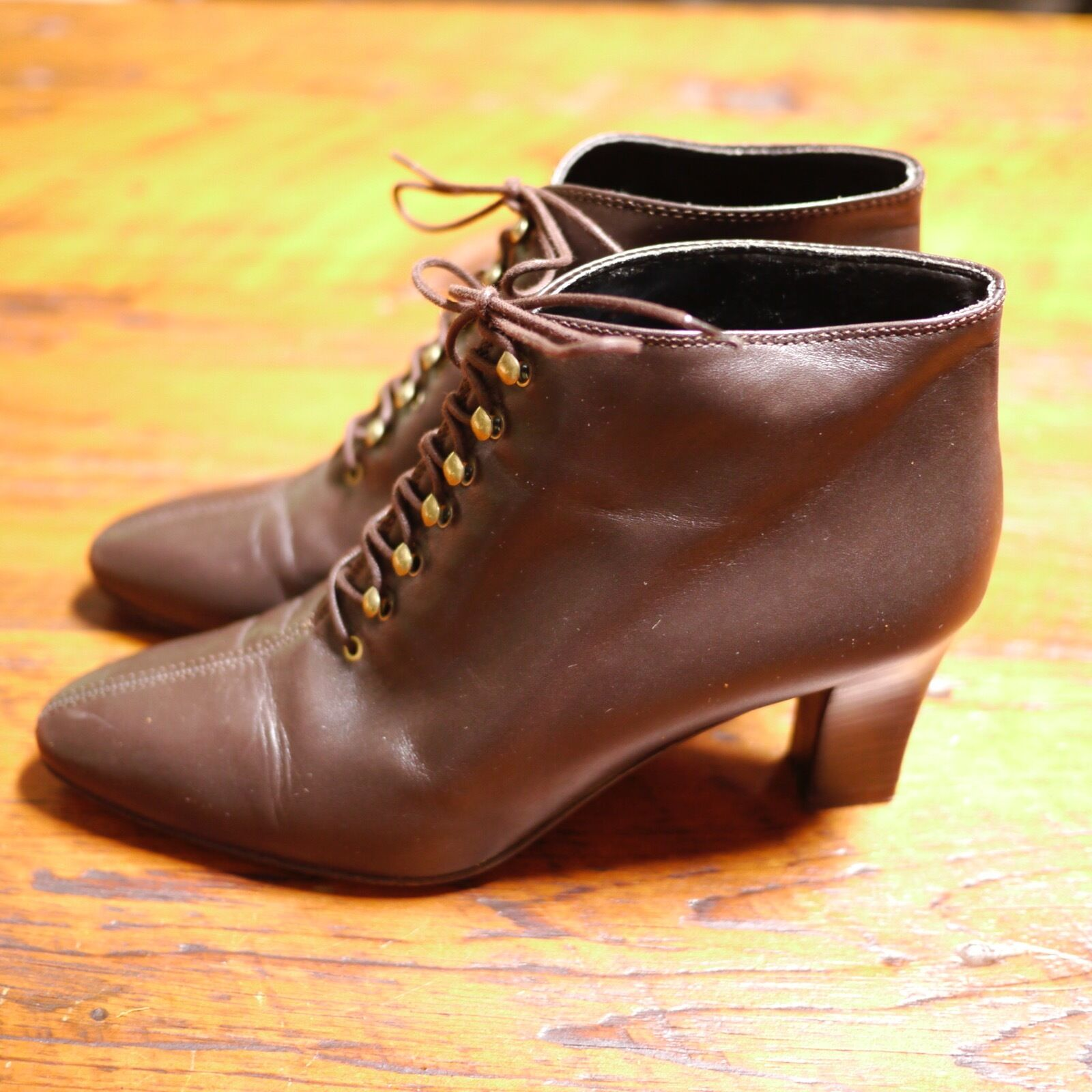 SAKS FIFTH AVENUE marron Leather Made  Lace Up Granny Heels chaussures 7AA 37.5