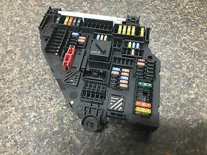 2011 2012 2013 2014 BMW X3 F25 TRUNK MOUNTED FUSE BOX ASSEMBLY ...