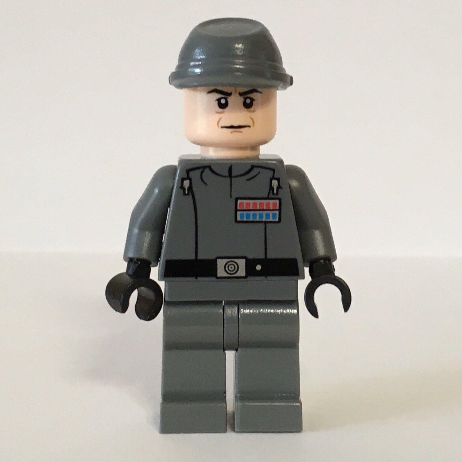 negozio fa acquisti e vendite NUOVA NUOVA NUOVA SUPER RARA LEGO estrella guerras AMMIRAGLIO piett UCS Super Estrella Destroyer 10221  ultimi stili