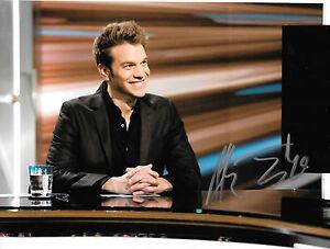 GFA Stand-up Comedian ANTHONY JESELNIK Signed 8x10 Photo J6 PROOF COA