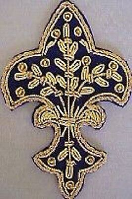 4 Hand-Embroidered Appliques. Fleur De Lis. Blue with Gold Bullion