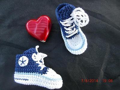 Babyschuhe (Chucks) selbst gehäkelt, blau maritim, 100% Baumwolle