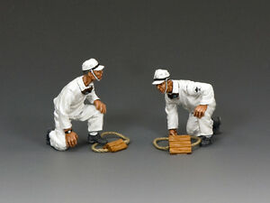 JN002 Flight Deck Crew Set by King & Country