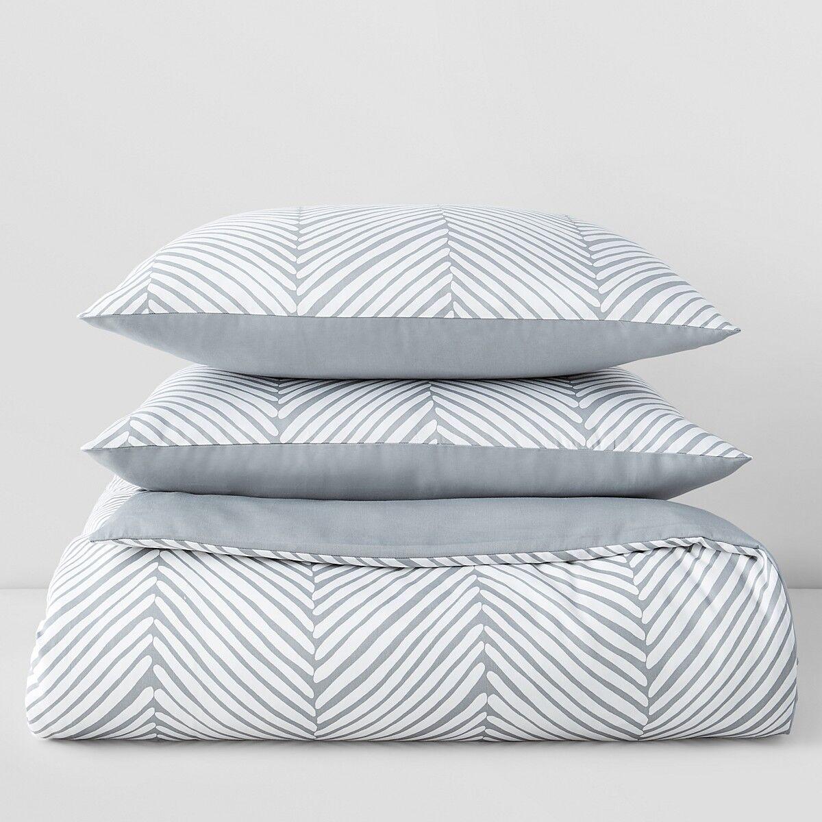 Sky Chevron Twin Comforter and Sham Set Weiß   grau A010