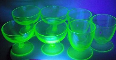 7 RETRO URANIUM GLASS CUP GLASS SET GREEN VASELINE URANIUM ...