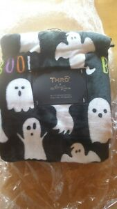 Thro by Marlo Lorenz Halloween Ghosts Plush 50 x 70 Throw Blanket