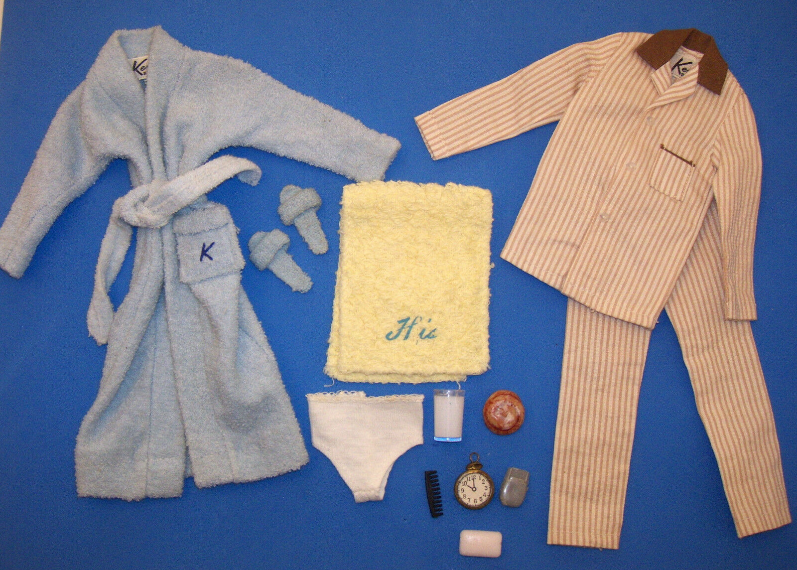 Vintage Ken  Bambola Terry Tog Blu Accappatoio 784 & Sleeper Set 781 597ms Barbie  grande sconto