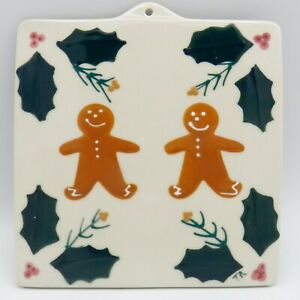 Hartstone-Gingerbread-Tile-Trivet-Christmas-Pottery-Hot-Pad-Holly-Red-Berries