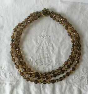 Vintage-50s-60s-Amber-Brown-Topaz-Faceted-Triple-Strand-Bead-Box-Clasp-Necklace