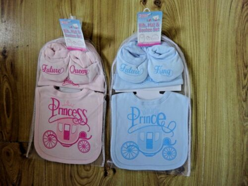 BABY BOY//GIRL PRINCE KING PRINCESS QUEEN 1 BIB HAT BOOTIES SHOWER GIFT SET 0-3 m
