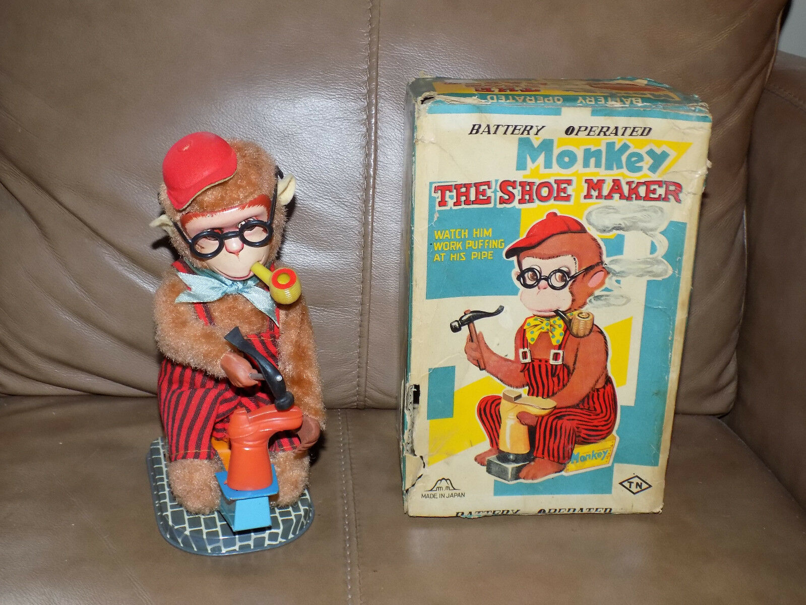 Battery Operated Monkey The shoes Maker in Box Japan