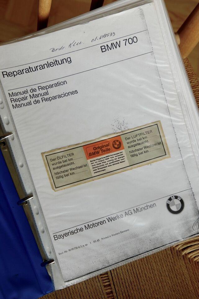 BMW 700, Reparationsbøger