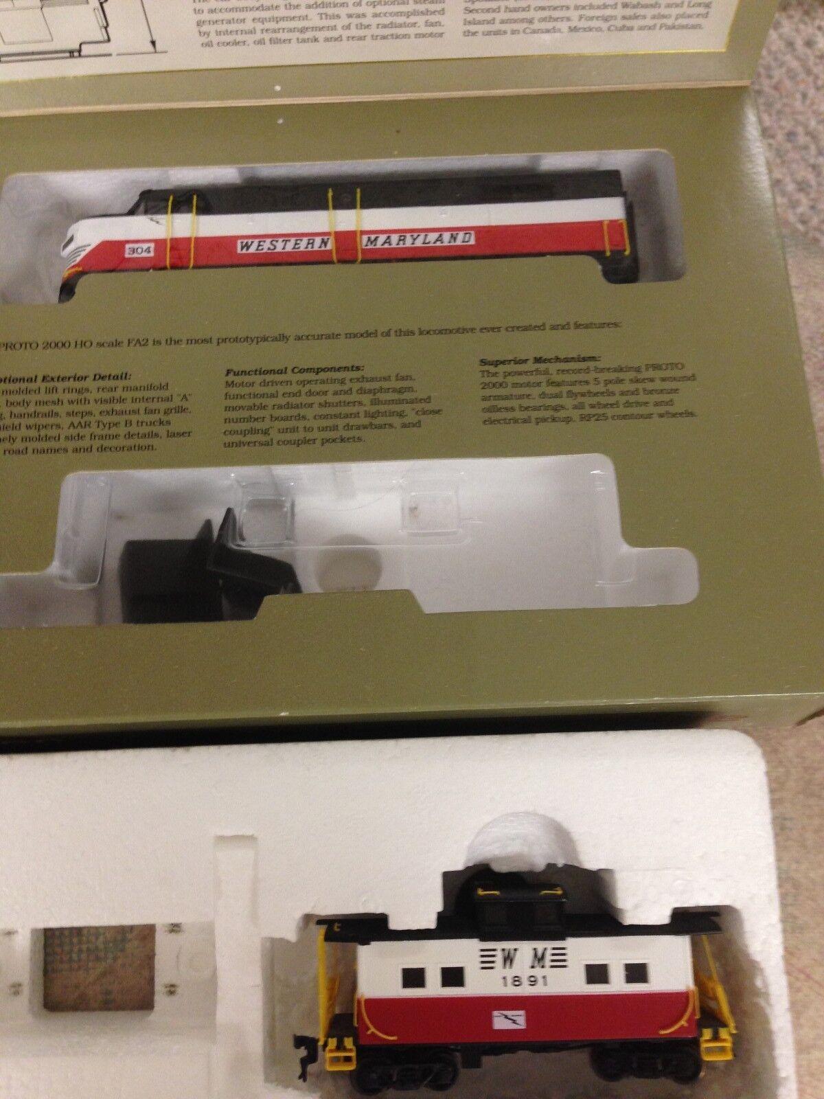 Proto 2000 HO Scale Train FA2 Locomotive & Caboose Western Maryland Circus 8339