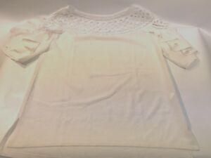 Womens-Blouse-Lace-Top-Ruffles-on-Sleeves-Size-Medium-White-EUC