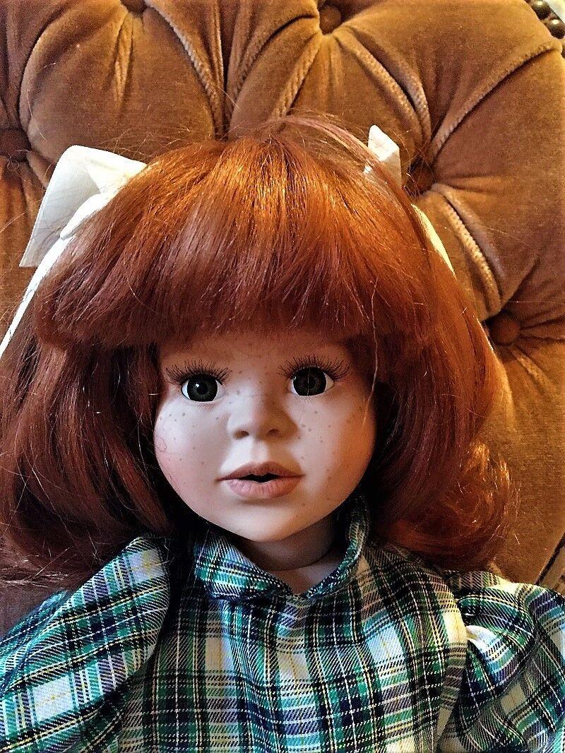 Sammelpuppe Porzellan Mädchen mit roten Haaren und Sommersprossen 59 cm Groß