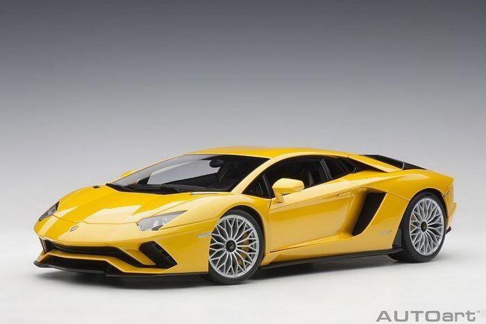 marcas de diseñadores baratos Autoart 79132 - 1 18 18 18 Lamborghini Aventador s 2017 (New amarillo Orion Pearl amarillo  ventas calientes