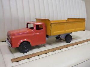1954-1953-WYANDOTTE-Dump-Truck-Pressed-Steel-Toy-Original-21-034