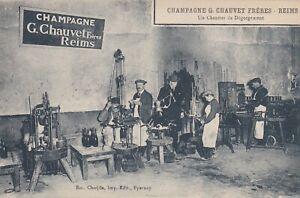 CPA-51-REIMS-CHAMPAGNE-G-CHAUVET-Freres-Un-Chantier-de-Degorgement