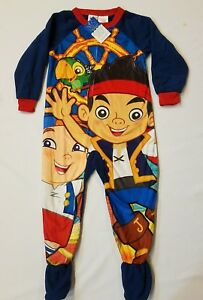 a72f84cad8f0 JAKE AND THE NEVERLAND PIRATES 3T 4T Boys Footed Pajamas BLANKET ...