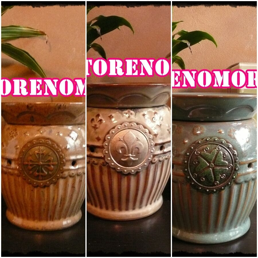 1 SCENTSY Imperial Collection Warmer DISCONTINUED Retirot Plug in or Full Größe
