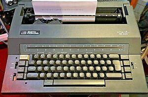 Smith Corona Spell Right SE 200 Portable Electric Typewriter W/ Case + Powr Cord