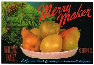 GENUINE CRATE LABEL VINTAGE MERRY MAKER SACRAMENTO 1940S CHRISTMAS STILL LIFE