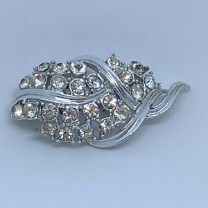 1950s-Paste-Brooch-Vintage-Mid-Century-Style-Silver-Colour-Clear-Glass-Leaf-Pin