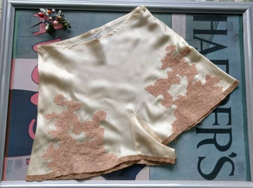 1930's silk satin and lace tap pants - Small