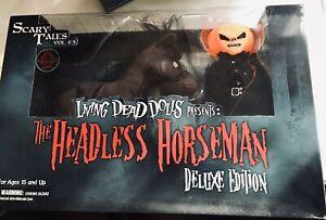 Mezco Exclusive Living Dead Dolls Deluxe Headless Horseman w/Horse Glow in Dark.