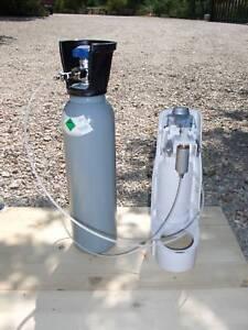 Novità Modifica gasatore acqua  bombola co2 da 5,4  lt  4 kg .