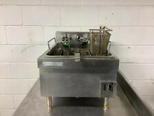 New Listing20lb Fryer Counter Top Toastmaster 3ph 208230v Tested