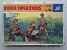 Italeri 328 Radio Operators 1:35 Neu, nicht eingetütet, Verpackung ist defekt