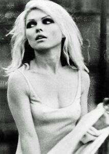 Debbie-Harry-b-amp-w-fridge-magnet-se