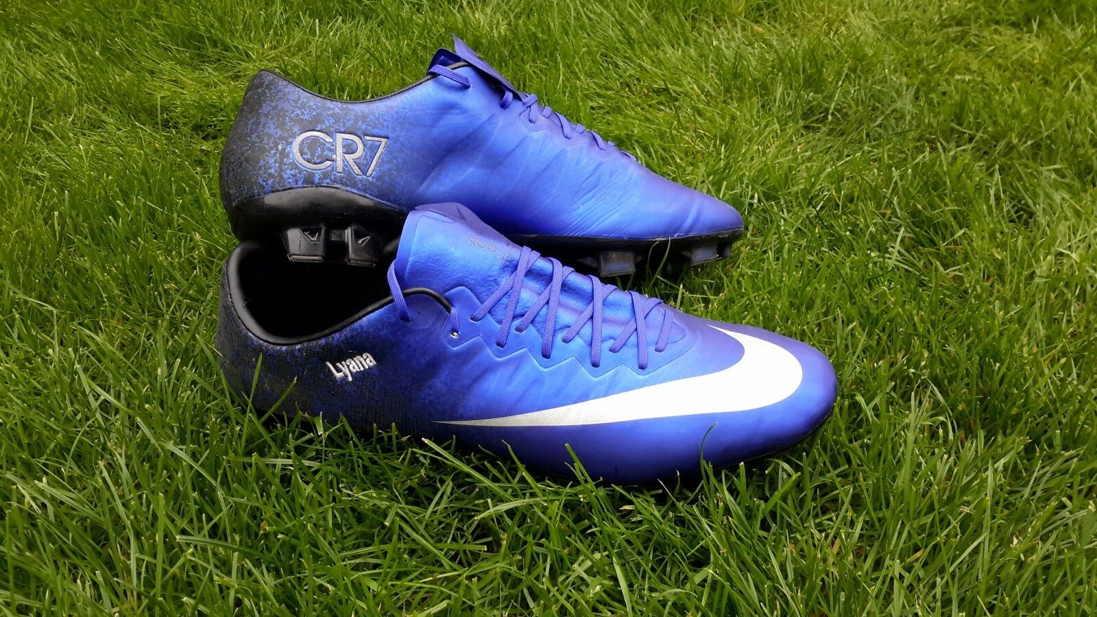 Nike cr7 charter 2 created to specifications of cristiano ronaldo talla 44.5